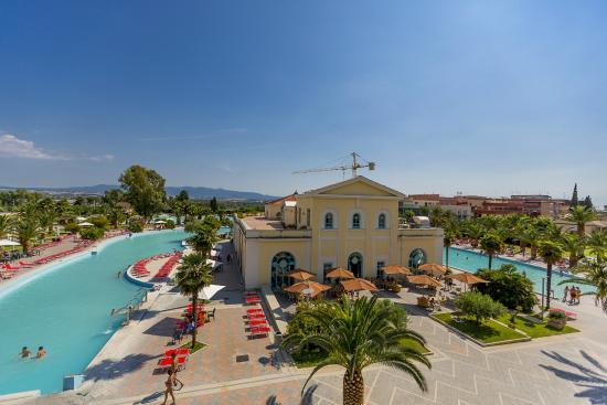 PISCINE TERMALI ESTERNE - Picture of Victoria Terme Hotel, Tivoli ...