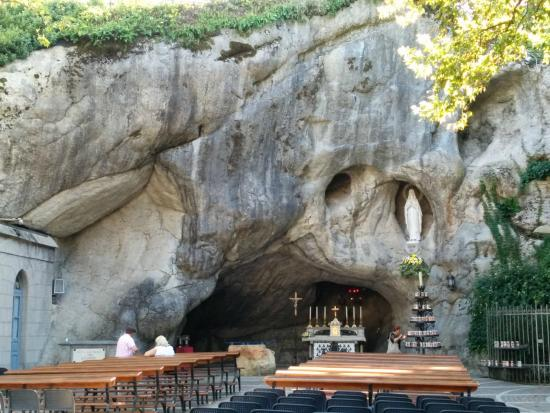 Santuario Madonna di Lourdes del Beato Claudio