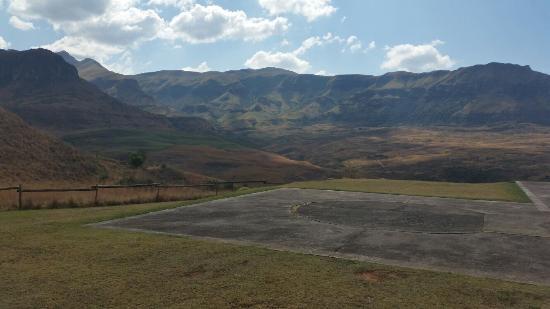 uKhahlamba-Drakensberg Park, Sudáfrica: Most Awesome Life Experience!!