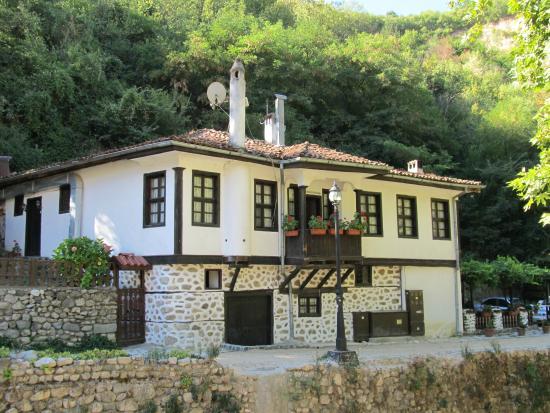 Toni's Guest House