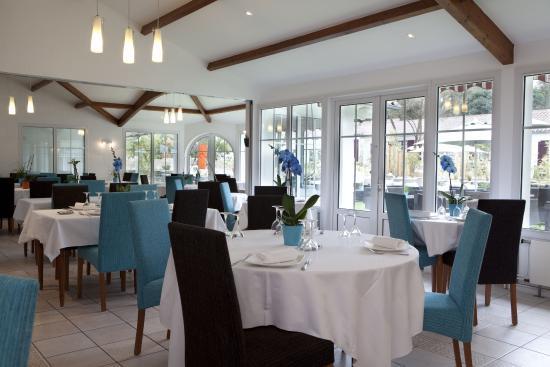Les Prateaux Restaurant