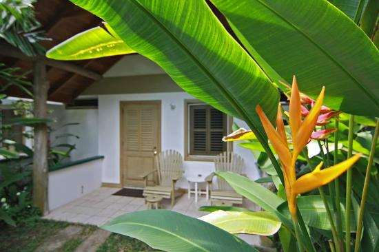 Kariwak Village Holistic Haven and Hotel: Bungalow style garden rooms at Karriwak Village