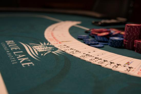 Blue Lake Casino Hotel: Blackjack