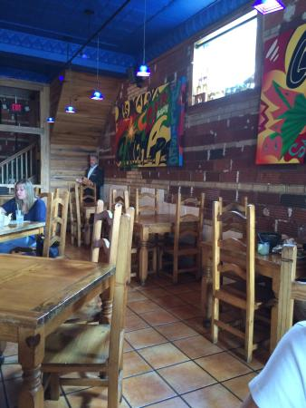 Azul Bar Y Cantina