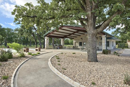 LocationPhotoDirectLink G30196 D1649045 I148889786 Oak_Forest_RV_Park Austin_Texas on La Hacienda Rv Park Austin Images
