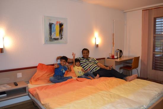 Hotel Thorenberg: Me with my kids enjoying