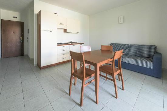 Isola Rossa Resort: SOGGIORNO APPARTAMENTO P.P.