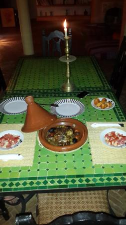 Riad Douar Des Oliviers : romantic dinner offered by the Riad