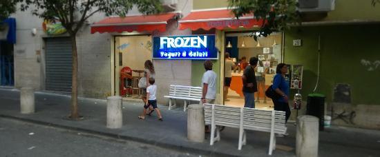 Frozen Yogurteria