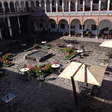 JW Marriott El Convento Cusco: varanda