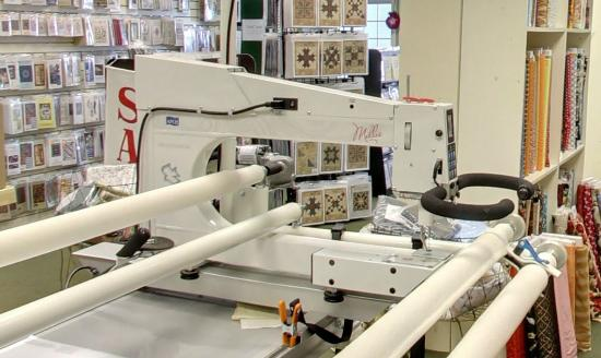Center Harbor, NH : Keepsake Quilting also offers a Longarm Machine Rental Certification course.