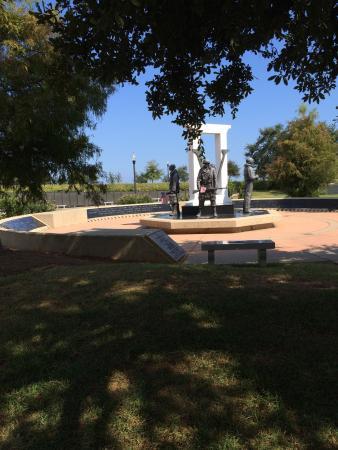Veterans Memorial Park : Amazing history