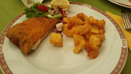 Villa Opicina, Italia: Lubjanska senza glutine con patate fritte