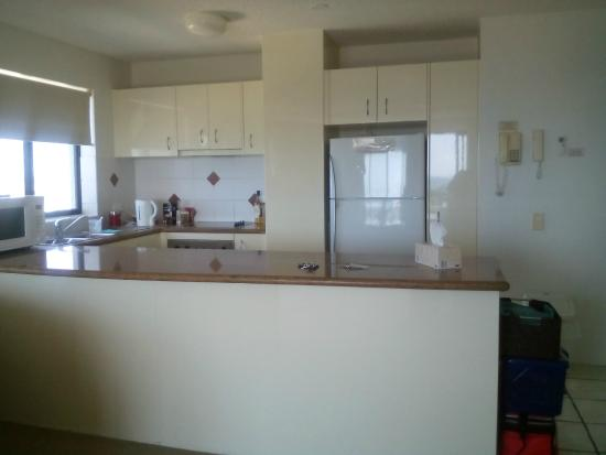 Meridian Caloundra: Kitchen