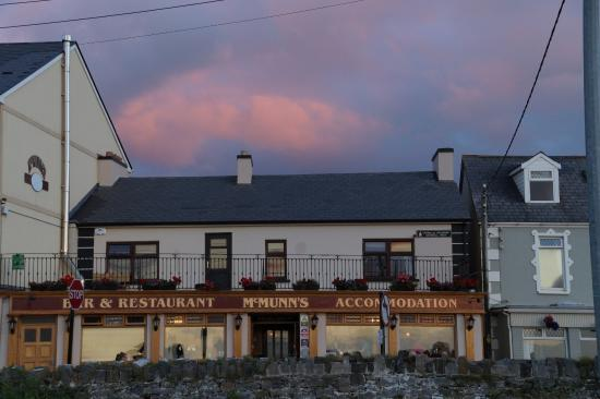 McMunn's of Ballybunion: McMunns Restaurant