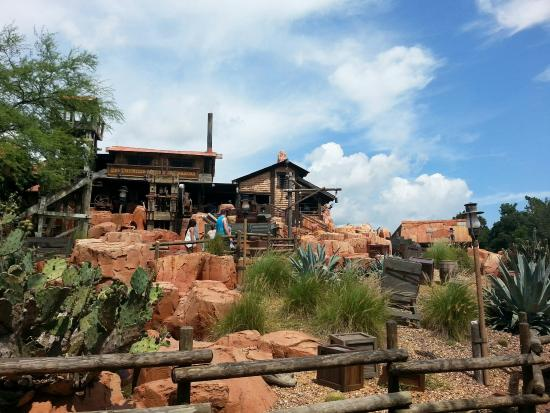 ‪Big Thunder Mountain Railroad‬