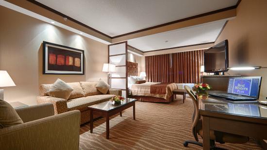 Best Western Premier Denham Inn & Suites: Business King Room