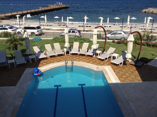 Small Beach Hotel