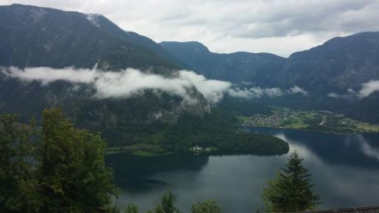 "Hallstatt Skywalk ""Welterbeblick"": the lake"