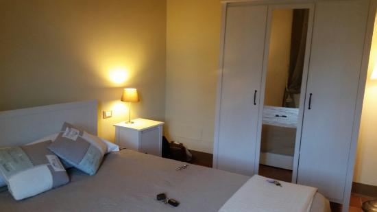 Camere in stile provenzale, molto pulite e ben tenute. - Foto di ...