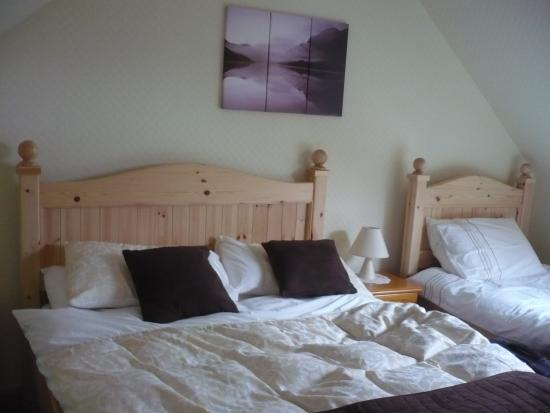 Lochside Cottage Bed and Breakfast