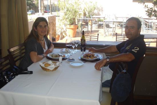 Don Mario: Luisa Y Andres degustando unas ricas Carnes