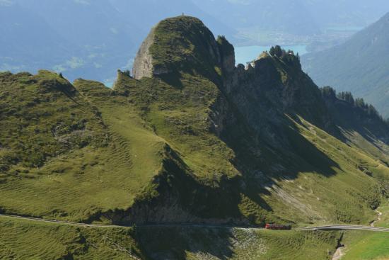 Brienz Rothorn Bahn: Steam train climbing uphill (1)