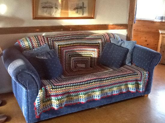 Barkala Farmstay: Old Schoolhouse seating