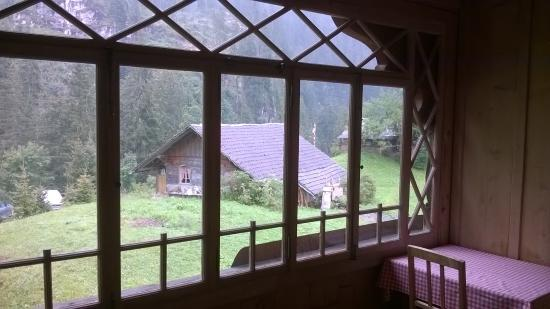 Kiental, Schweiz: Hotel Waldrand - view from the room