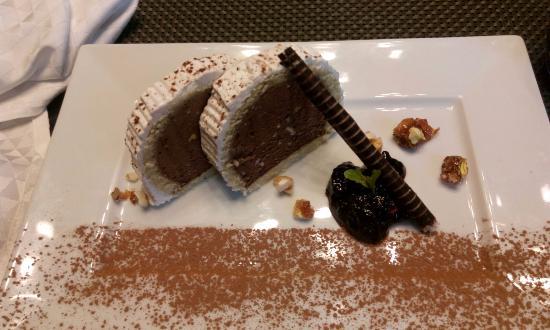 Le Meridien Mahabaleshwar Resort & Spa: choclate mousse cake