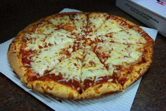 Camden, OH: Thick Cheese Pizza - DELISH