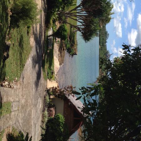 Seachange Lodge: sunny day
