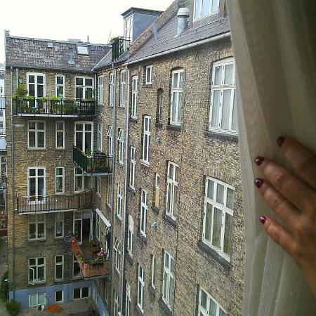 Hotel Du Nord Copenhagen: вид из окна