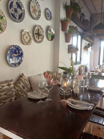 Quince Restaurante & Cantina : Inside area