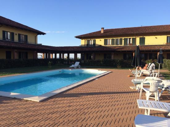 Hotels In Mombaruzzo Italien