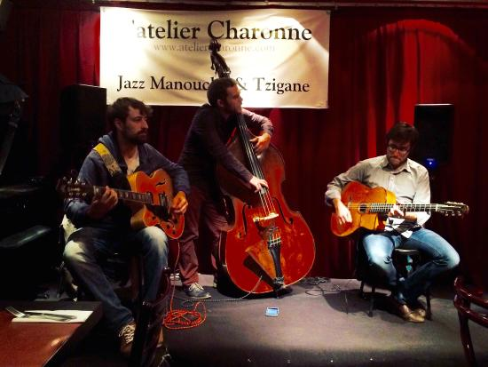 ‪L'Atelier Charonne Gypsy Jazz Bar‬