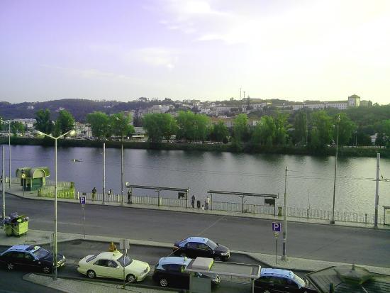 Pensão Residencial Internacional : Vista sobre o rio Mondego