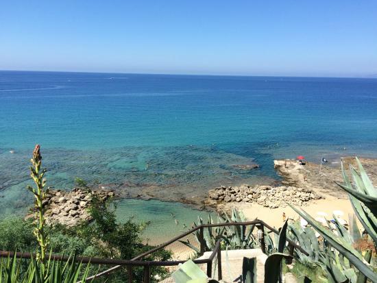 Villaggio degli Olivi: Piscina naturale