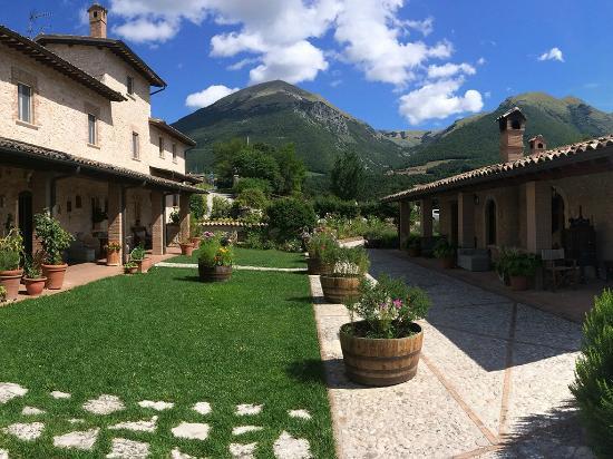 Photo of Casale Nel Parco Dei Monte Sibillini Norcia