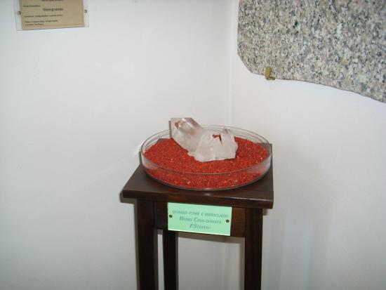 Parco e Museo Vulcanologico di San Venenzo: quarzo