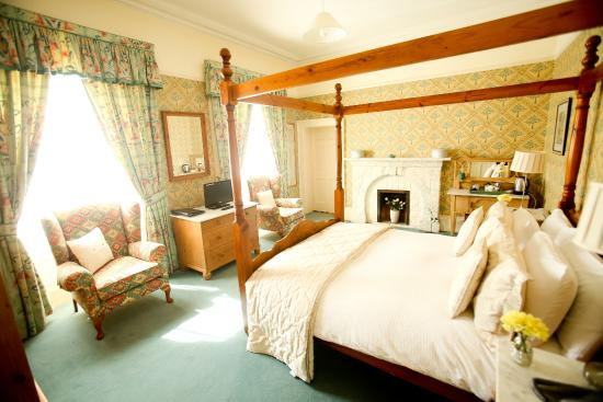Dufferin Coaching Inn: Room B