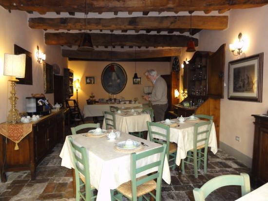 Antica Dimora Leones: La sala della colazione.