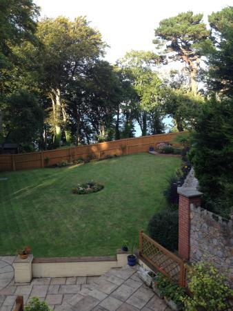 The Beeches B&B: The Beeches back garden.