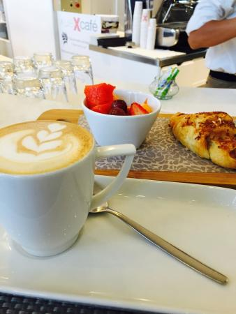 Xue Cafe