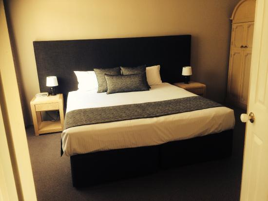 Check out the room upgrades at Dawson motor inn! They look great and the new beds are super comf