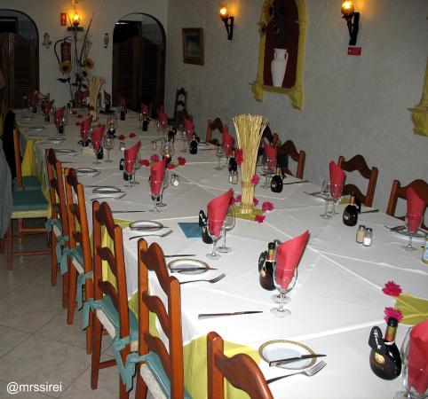 Tischdekoration im Restaurante O Girassol