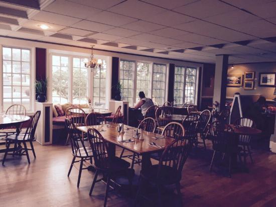 Mae's Cafe: photo1.jpg