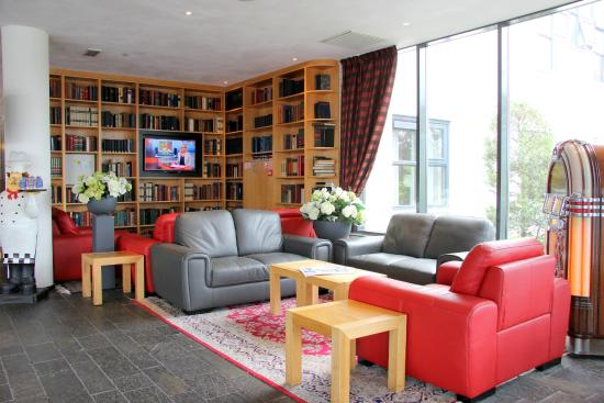 Bastion Hotel Zoetermeer: Lobby