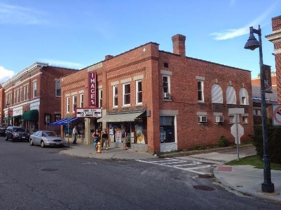Images Cinema, Williamstown, Mass.