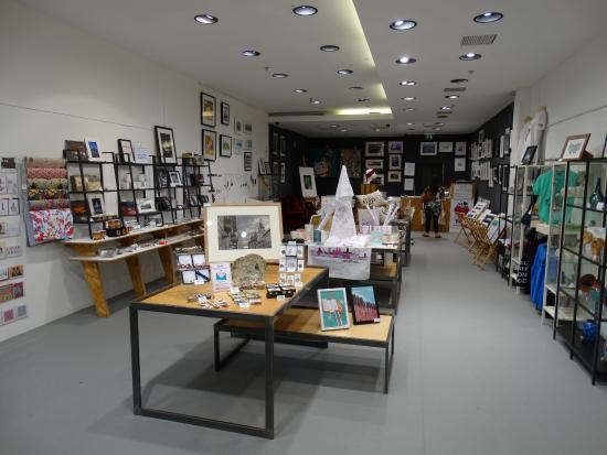 Made-Here Shop: Interior 3